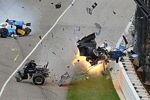 Fotostrecke: Der Horrorcrash von Scott Dixon beim Indy 500 2017