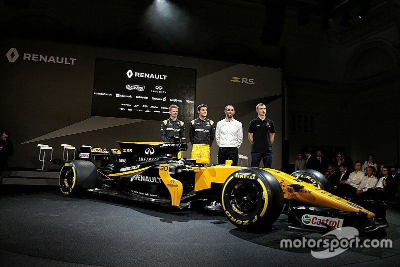 ESTADÍSTICAS FINALES F1-renault-sport-f1-team-rs17-launch-2017-l-to-r-nico-hulkenberg-renault-sport-f1-team-wit