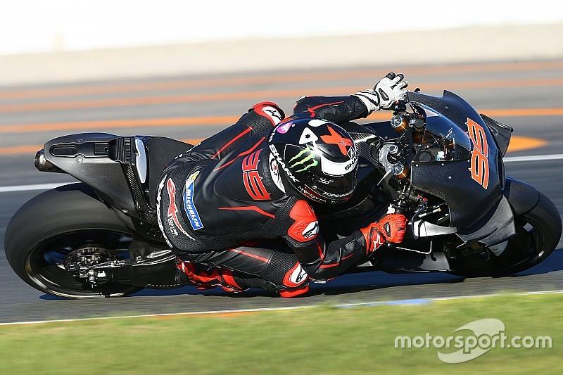 Lorenzo says Ducati won't force him to change riding style