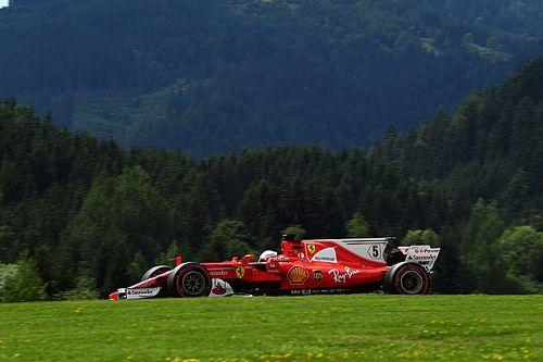 Vettel neemt de leiding in derde training Oostenrijk, Verstappen vijfde