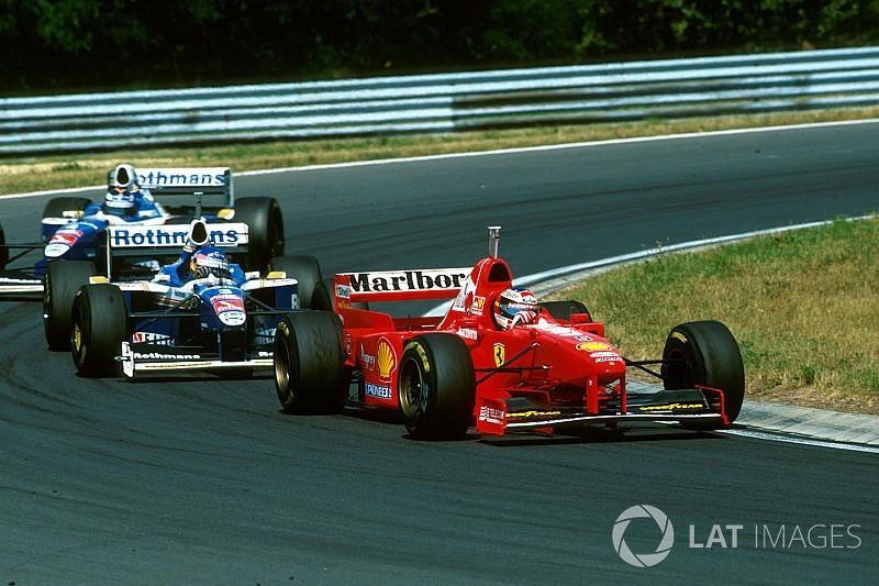 Ferrarik a Forma-1-ben: az orrát fenn hordó F310B