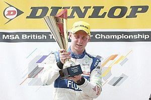 Snetterton BTCC: Sutton beats Goff after Turkington spins
