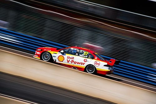 Darwin Supercars: McLaughlin blitzes Shootout for pole