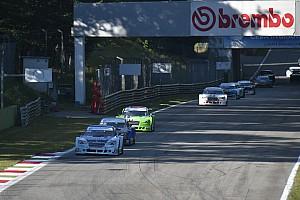 Mitjet Italian Series Gara Di Benedetto vince Gara 2 a Monza resistendo a Marcucci e Romagnoli
