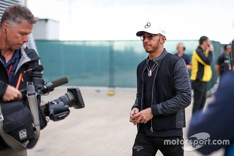 Hamilton justifica su ausencia del evento de la F1 en Londres
