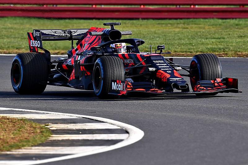 Red Bull, yeni RB15'i piste çıkardı