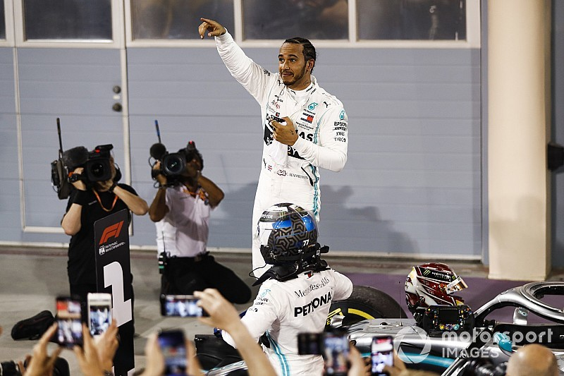 Bahrain GP: Hamilton leads Mercedes 1-2 as Ferrari implodes