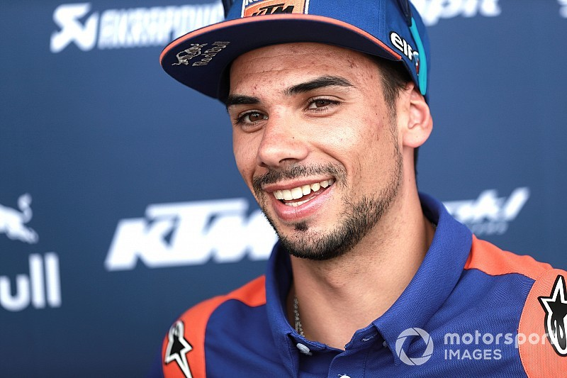 KTM retains Oliveira for 2020 MotoGP season
