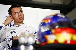 Элбон пропустит квалификацию Гран При Китая после аварии
