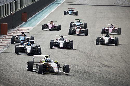 فورمولا 4 الإماراتية: نانيني يوسّع صدارته للبطولة مع نهاية الجولة ما قبل الأخيرة في أبوظبي