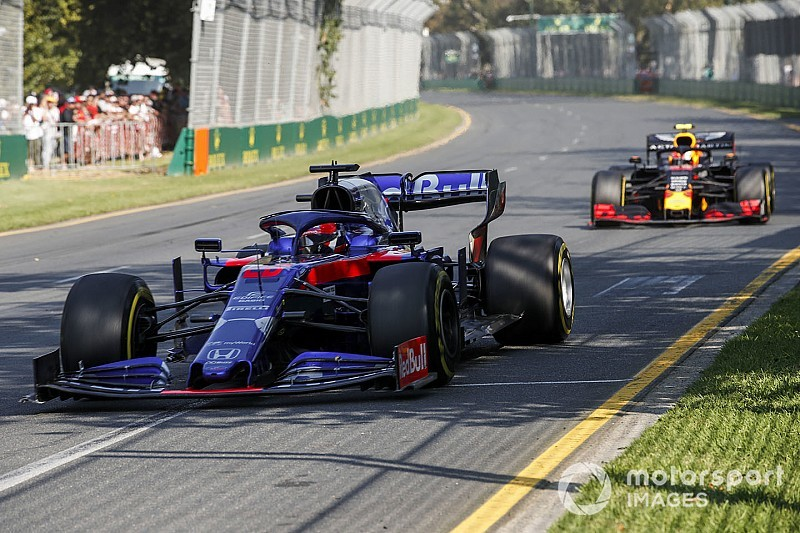 "Kvyat ""pushed like an animal"" to score in Australia"