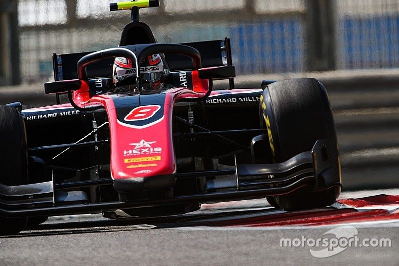 Abu Dhabi F2: Russell edges towards title with pole
