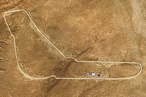 Photos - Quand BMW recrée Monza... dans un désert!