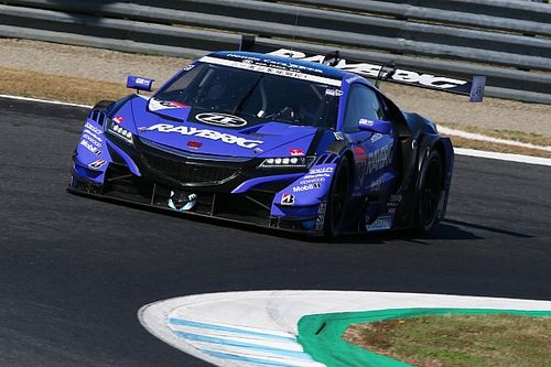 Button titré au bout du suspense en Super GT