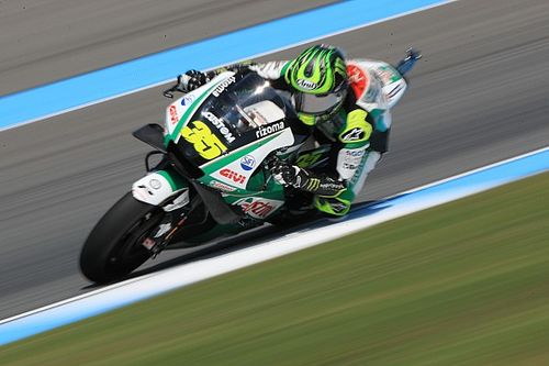 "Crutchlow ""destroyed"" rear tyre by riding ""wrong"""