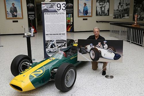 Gurney, Clark, Chapman painting to benefit Lotus restoration