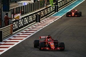 """Vettel dacht even aan winst: """"Twijfelde aan Lewis' banden"""""""