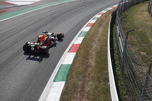 FIA опровергла слова Red Bull про штраф Переса