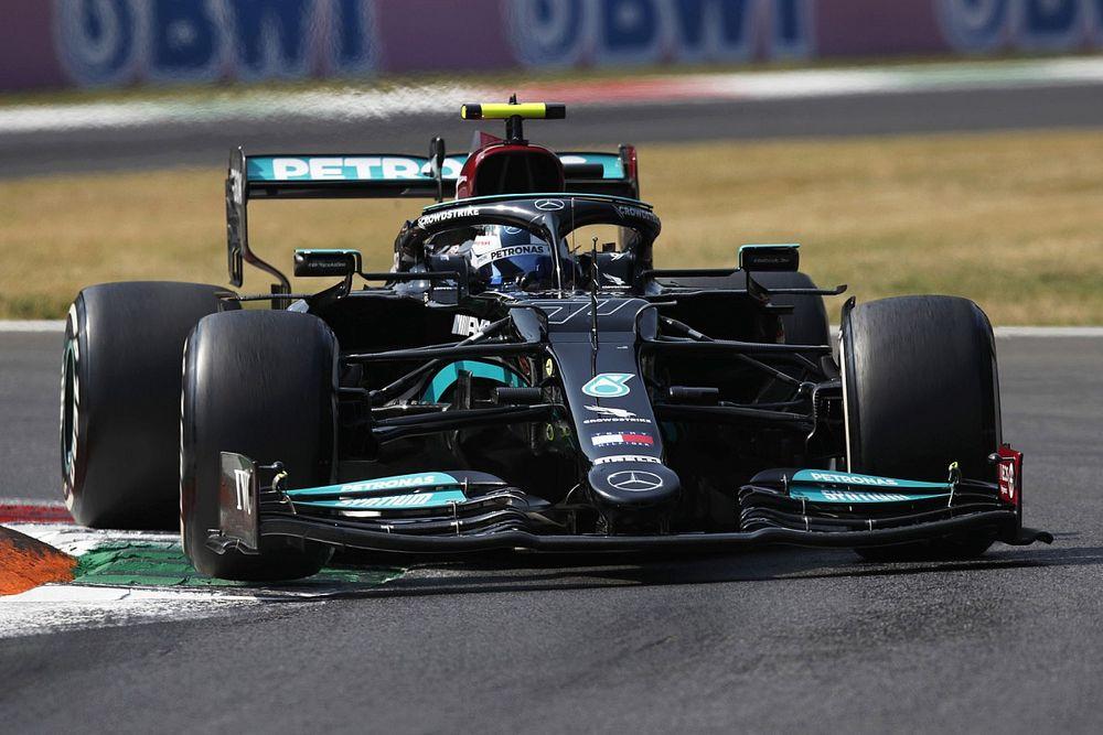 Bottas nyerte a sprintet, Verstappen örülhet, Hamilton nem
