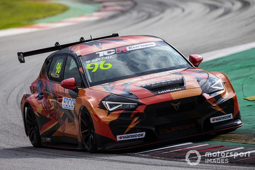 TCR Europe: Azcona domina Gara 1 a Barcellona ed è Campione