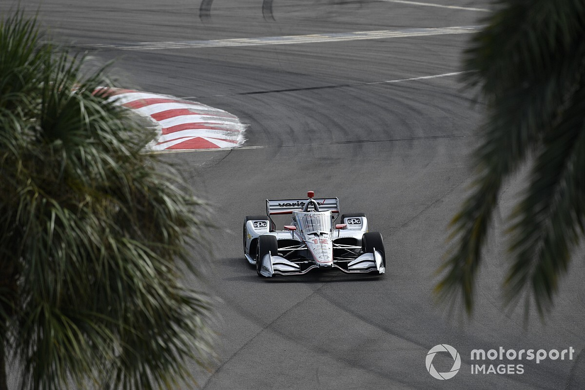 Power pakt pole in St. Petersburg, VeeKay zeker van rookie-titel