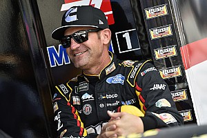 Bowyer to remain with Stewart-Haas Racing for 2020