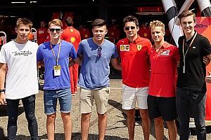 VÍDEO: Petecof tem Leclerc como guia e conhece instalações da Ferrari em Hockenheim