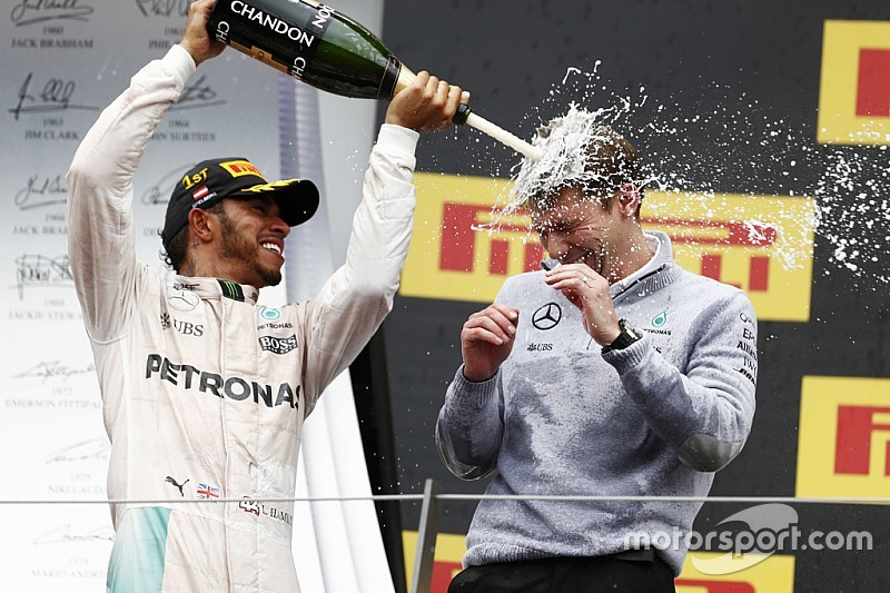 """Hamilton reagált Marquez kihívására: """"Nyomjuk, tesó..."""""""
