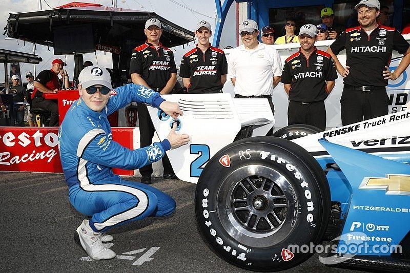 Gateway IndyCar: Newgarden scores pole, Rossi struggles