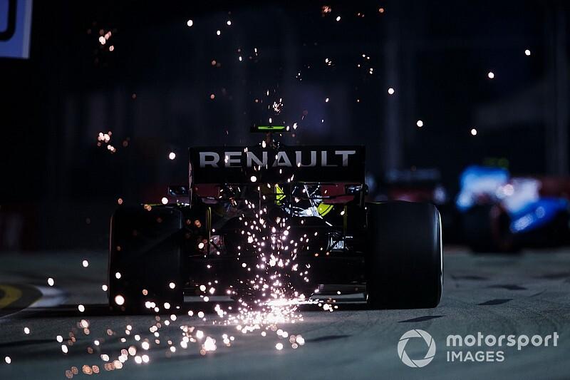 Szingapúri Nagydíj: rendkívül látványos képek a második F1-es szabadedzésről