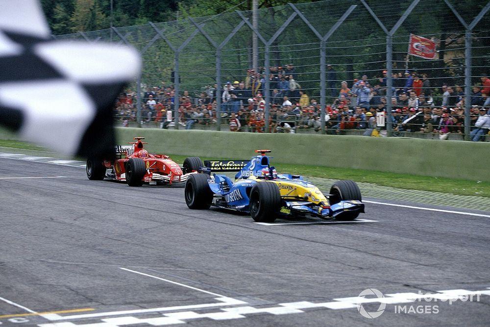 Schumacher és Alonso felejthetetlen csatája Imolából: videó