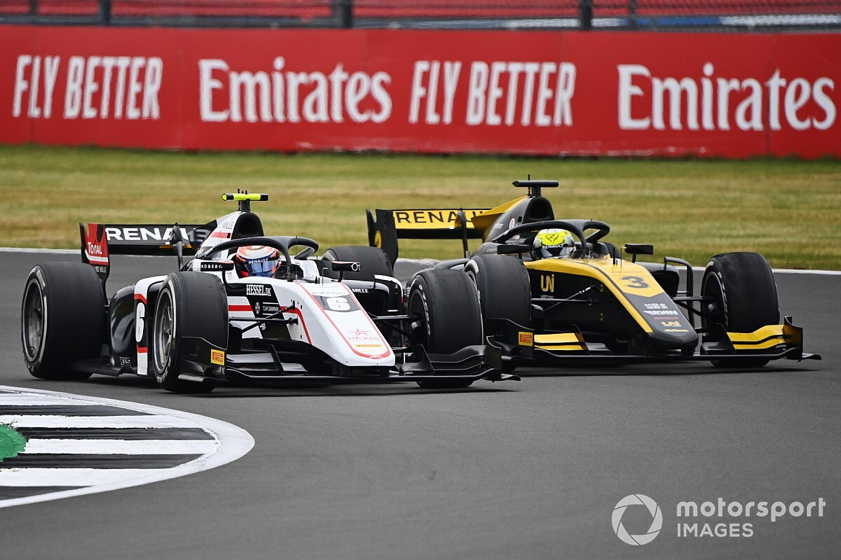 Alpine open to placing F1 juniors with other teams