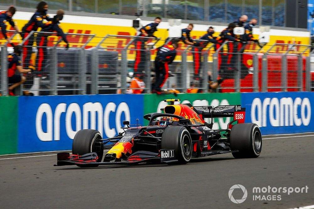 """Verstappen, un 2º """"como una victoria"""" tras el 'fail' previo al inicio"""