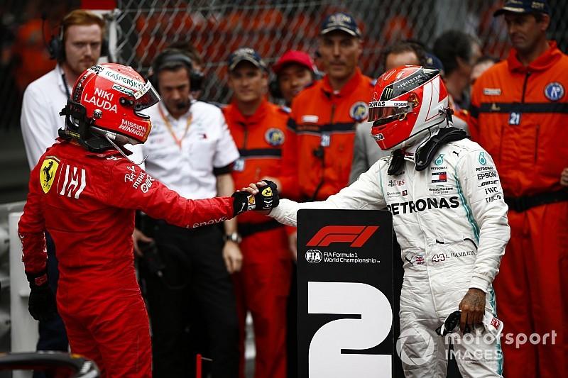 Hamilton, vagy Vettel nyerné a Mercedes házi csatáját?