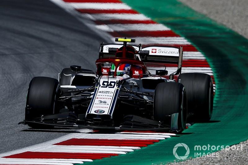 """Primo punto per Giovinazzi in F1: """"Meritato. Perez mi ha pressato tutto il tempo!"""""""