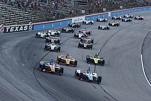 Początek IndyCar bez kibiców