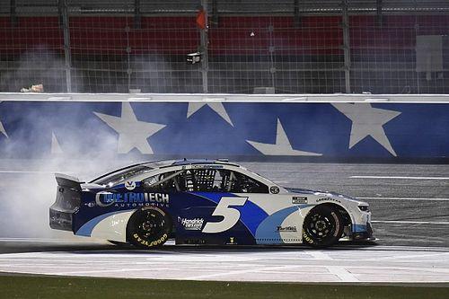 Larson dominates Coke 600 as Hendrick breaks win record