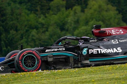 """Hamilton predicts """"easy cruise win"""" for Verstappen in Austria"""