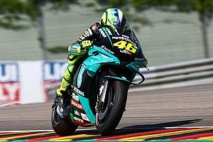 Rossi a MotoGP-s visszavonulása utáni terveiről beszélt: a versenyzéssel nem akar felhagyni