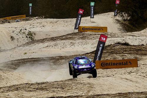 El X44 de Hamilton domina el sábado de Extreme E en Dakar