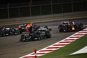 Hamilton gana el GP de Bahrein de F1; Grosjean sobrevive