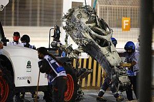 Galeri Foto: Mobil Romain Grosjean Kebakaran