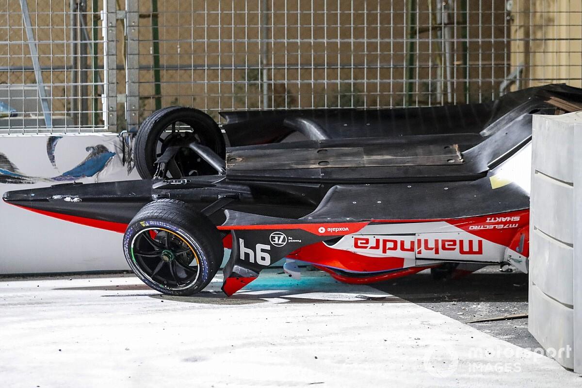 Bird l'emporte dans le chaos, Lynn évacué à l'hôpital - Motorsport.com France