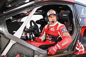 Loeb rijdt schade en kan topklassering in Dakar vergeten