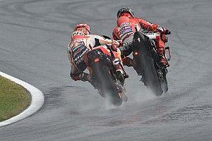 Galería: Así arrancó el GP de Austria, en seco y bajo la lluvia