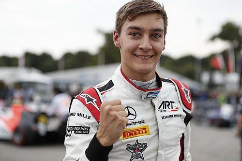 FIA F2 Monza: Russell wint, mislukte start en lekke band nekken De Vries