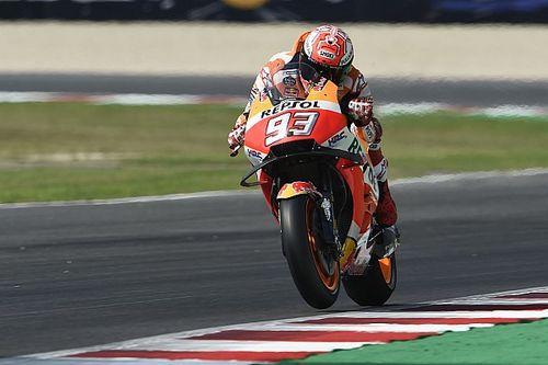 Misano, Warm-Up: Marquez tiene a bada le Ducati, più indietro le Yamaha