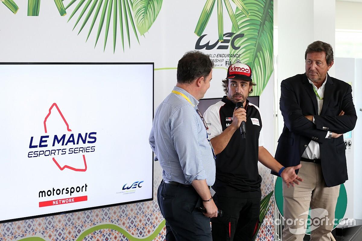 """Alonso: """"Taraftarlar gelecekte sanal Indy 500 görmek isterdi"""""""