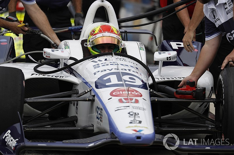 Gateway IndyCar: Rossi leads final practice, Fittipaldi stars