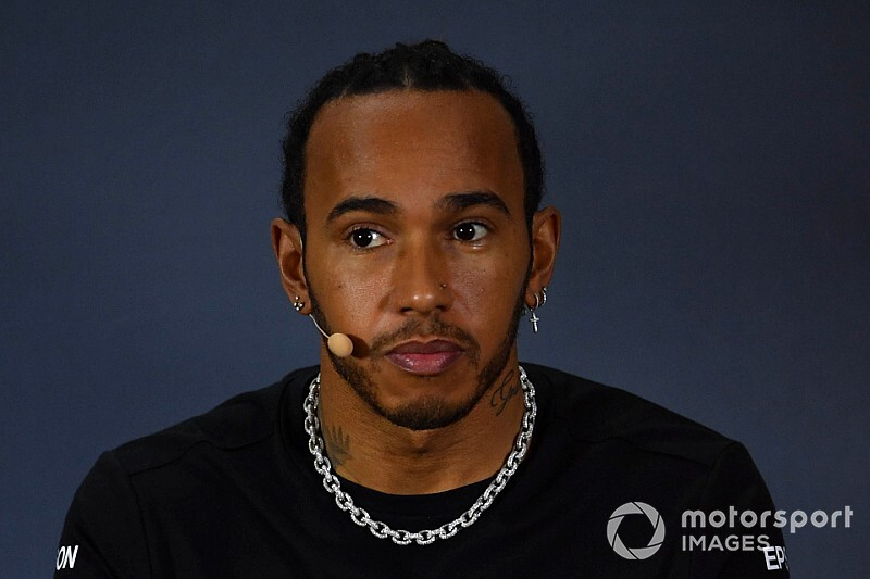 Szerepet kínáltak Hamiltonnak a Top Gun második részében